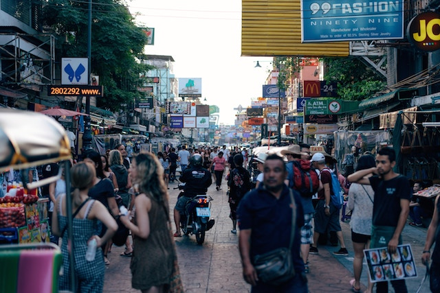 How Food Poisoning in Thailand Made Me Do the Unexpected