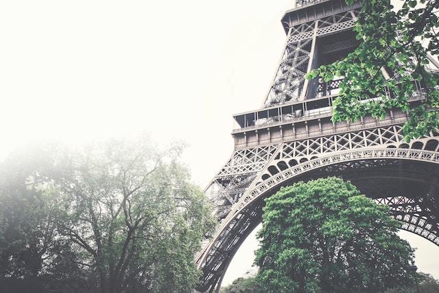 Real Love in Paris / How to Navigate Paris Transportation. Transportation in Paris.