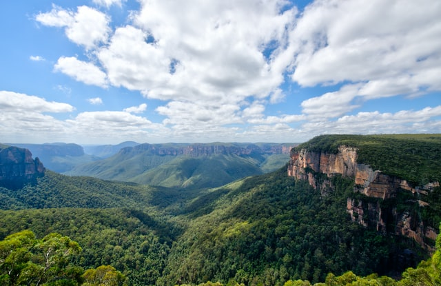 Living a Simple Life in the Blue Mountains