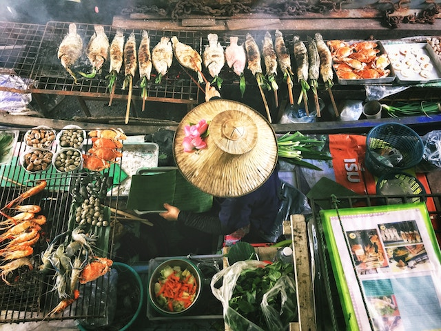 How I Kicked Vegetarianism and Dove into Thai Street Food