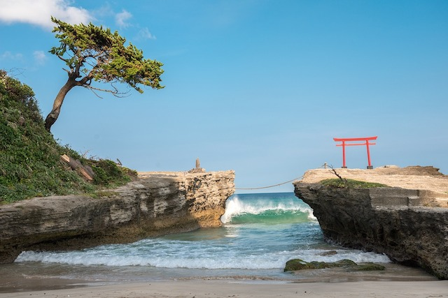 6 Stunning Japanese Beaches You Won't Want to Miss