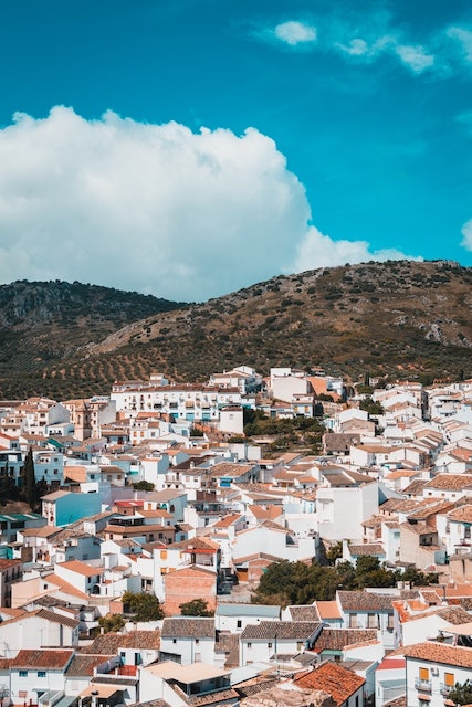 6 Spanish Customs that Will Make Your Life So Much Better