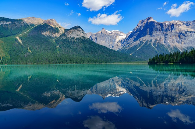 10 Things to Do with Kids in the Canadian Rockies
