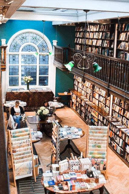 Best Independent Book Stores in Paris