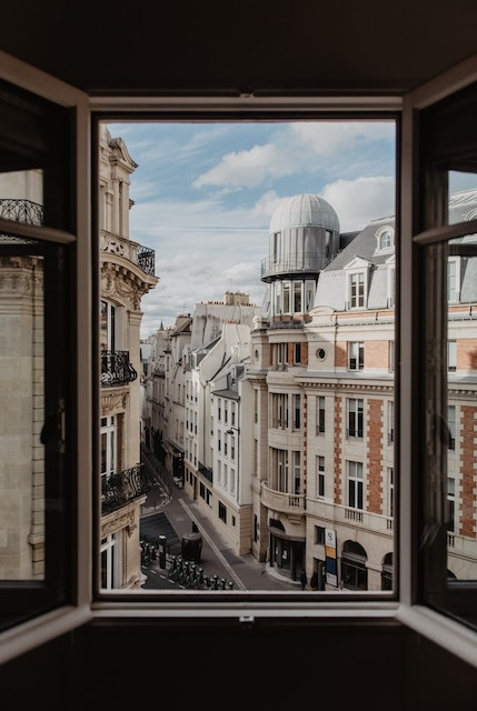 The Beauty of Solo Travel in Paris