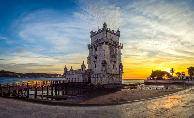Travel to Portugal, a Perfect Alternative to Italy